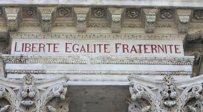 LA CORTE COSTITUZIONALE FRANCESE RESTAURA  IL DIRITTO UMANITARIO DELLA CIVILTÀ EUROPEA