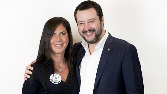 SENATRICE MARZIA CASOLATI, DELLA LEGA PER SALVINI, PROFESSIONE ACCATTONA